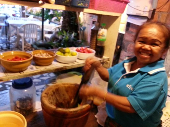 Krua Thara: The Chef behind the salad!