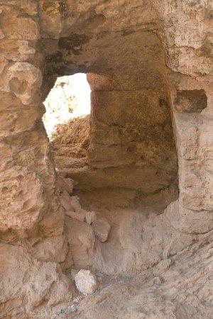 Riserva Naturale Orientata Monte Cofano : Grotta Perciata (Monte Cofano)
