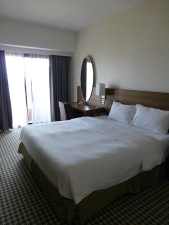 Somerset Liang Court Singapore: Main bedroom