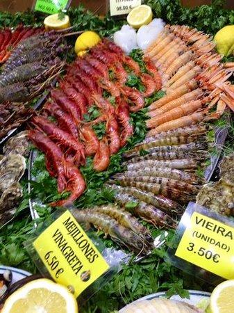 Hotel Porto Calpe: mostrador de restaurante situado en el paseo del puerto