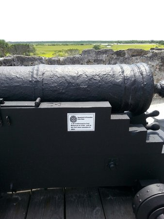 Fort Matanzas National Monument: The other old canon.
