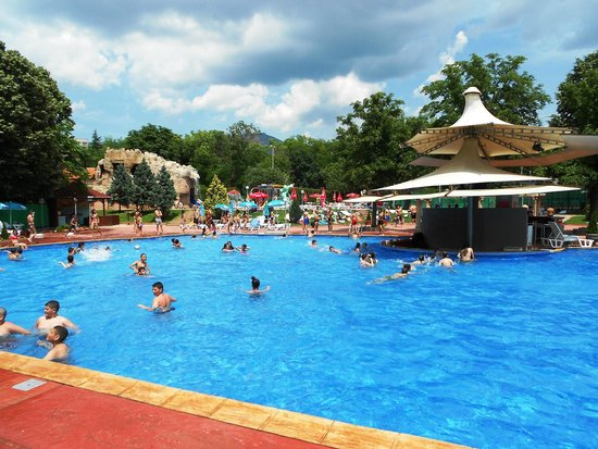 ‪Waterpark Sliven‬