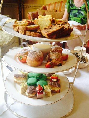 Middlethorpe Hall & Spa: Afternoon tea