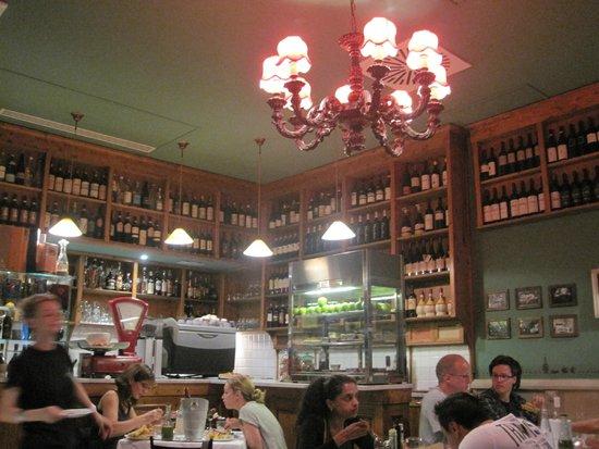 Osteria Pepo: restaurant interior
