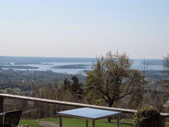 Musée du ski de Holmenkollbakken : ここからの眺めはイマイチでした。(笑)