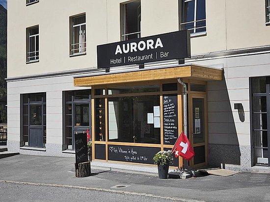 Aurora: Hoteleingang