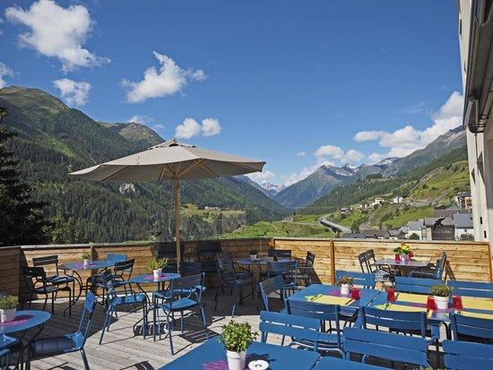 Aurora: Restaurant-Terrasse