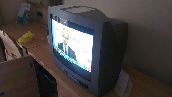 Resort Petalon: old tv