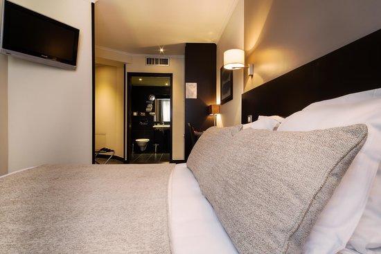 Hotel Arc Elysees : AE