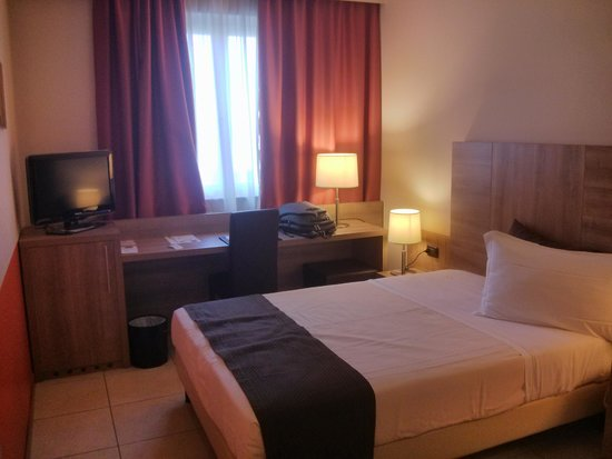 Hotel San Luigi : camera