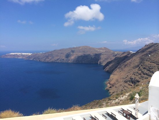 Gizis Exclusive: view of Oia