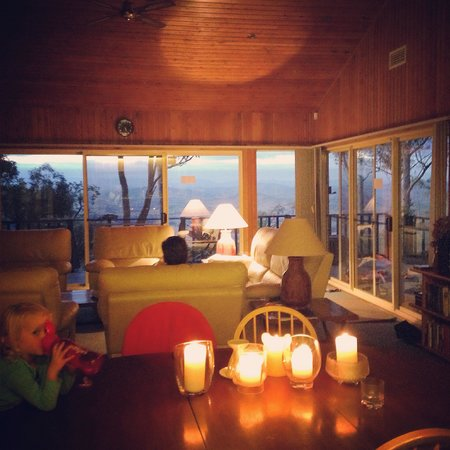 Eagleview Resort: Valleyview by candle light