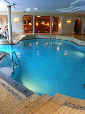 Stock Resort: piscina interna