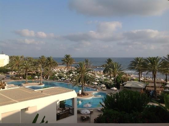 Constantinou Bros Athena Beach Hotel: room 3101 view over the main pool