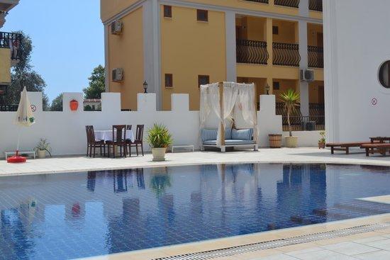 Orange Butik Hotel: Hotel Pool