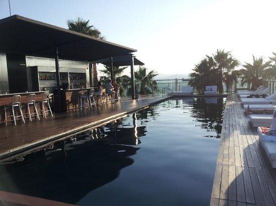 Renaissance Barcelona Fira Hotel: Pool