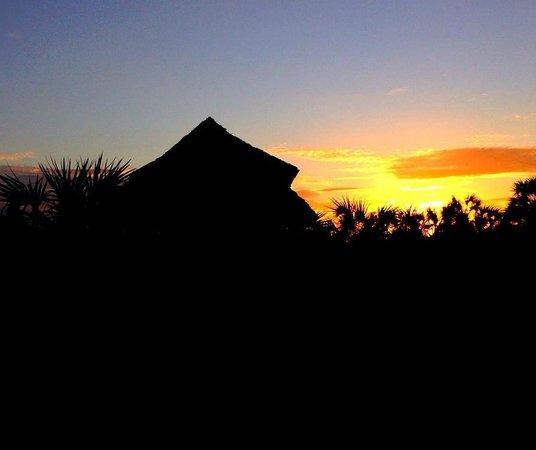 Safari Mashariki Lodge: lodge al tramonto