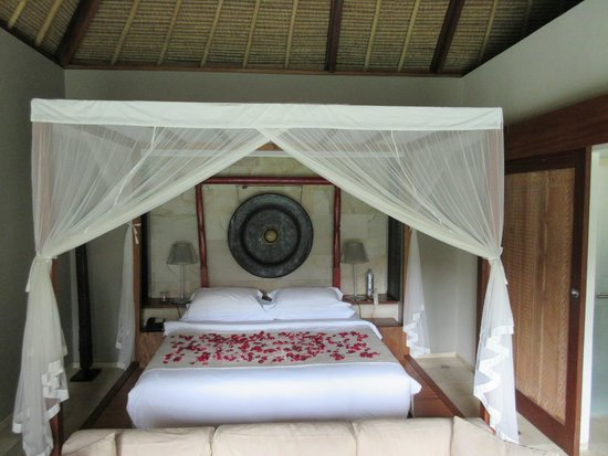 The Purist Villas and Spa : Great bed!