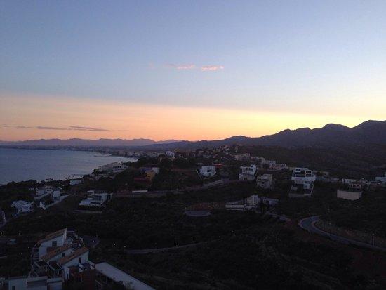 Apartamentos Turisticos Portocala: Our holiday view of Benicassim from the apartment! Beautiful!