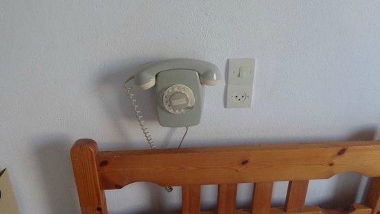 Grivas Hotel : téléphone XXs!
