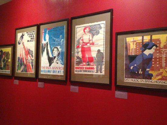 Vietnamese Women's Museum: Propaganda posters