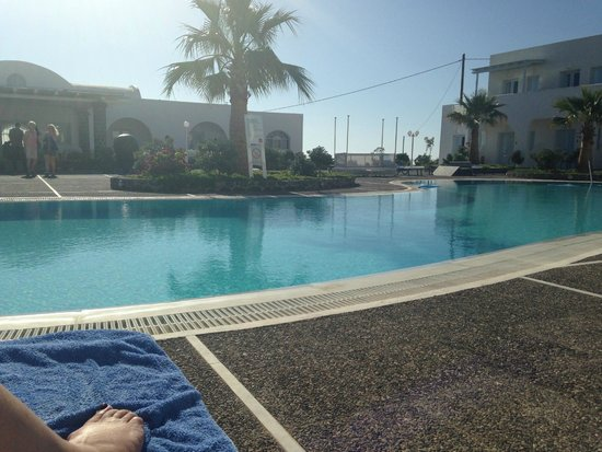 El Greco : The quietest pool area with no kids pool