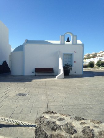 El Greco : A little church in the hotel grounds