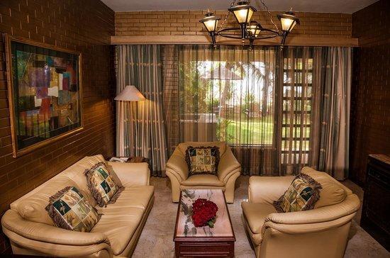 The Resort: Villa