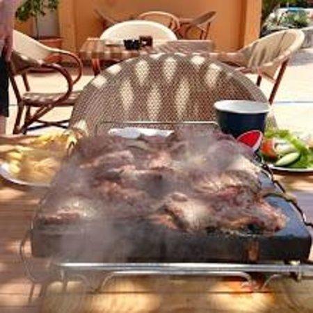 Hotel Dorado Beach & Spa : Steak on a stone at the Pool Bar