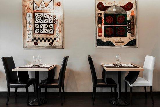 Twentyone Hotel: restaurant
