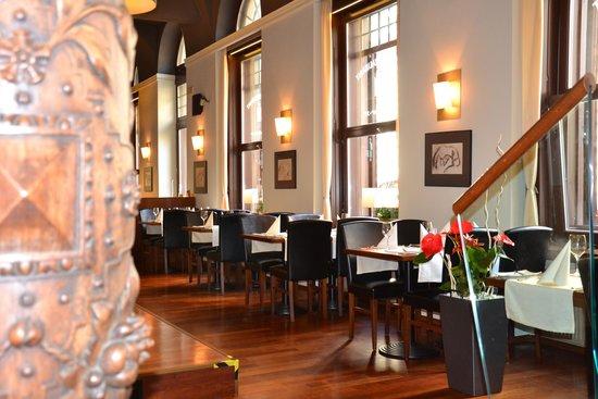 Rott Hotel: Restaurant Nuance