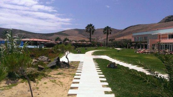 Vila Baleira Resort Porto Santo: Cortile del villaggio