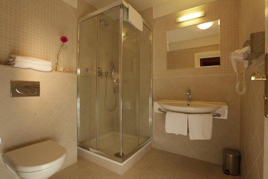 Rott Hotel : Bathroom