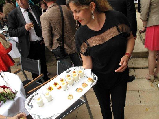 restaurant du chteau la demeure de la dame du fer vin dhonneur avec - Chateau De Wendel Hayange Mariage