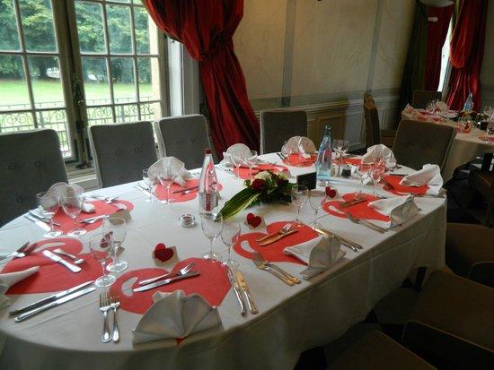 restaurant du chteau la demeure de la dame du fer table du mariage - Chateau De Wendel Hayange Mariage