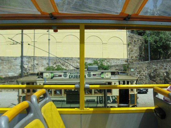 Yellow Bus Tours Oporto: on board