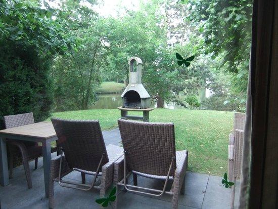 Center Parcs de Eemhof: View over the garden