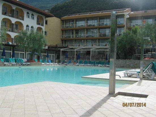 Majestic Palace Hotel: Pool