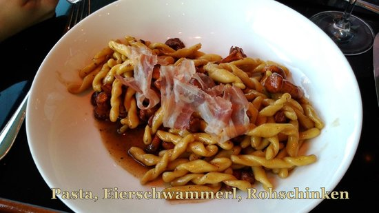 Motto am Fluss: Pasta mit Eierschwammerl