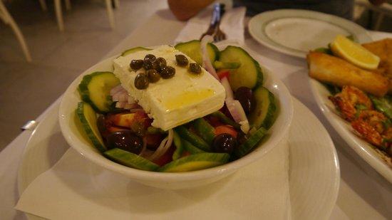 Ampelos Greek Restaurant & Wine Bar: greek salad