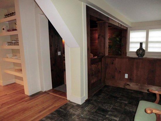 The WilloBurke Inn and Lodge : #Luxury Apartment