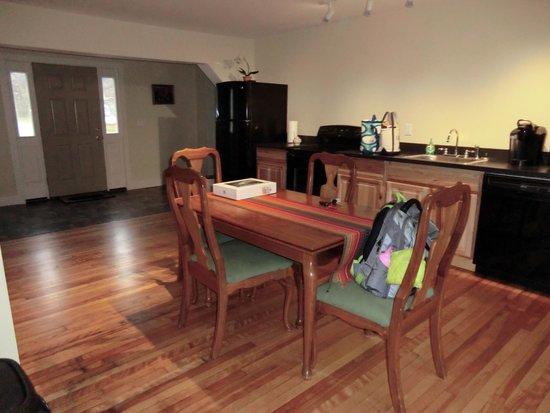 WilloBurke Inn & Lodge: #Luxury Apartment