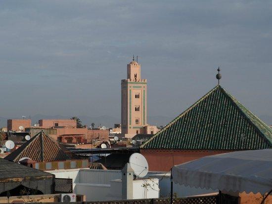 Equity Point Marrakech Hostel : Vista do terraço