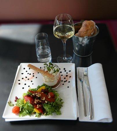 Carre Petanque Obut : Cuisine moderne et formules variées