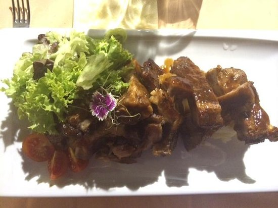 Restaurante Amador : BBQ pork ribs.