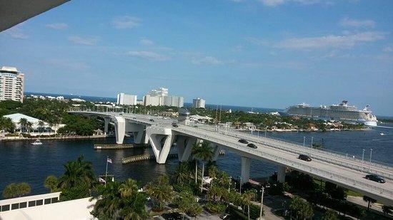 Hilton Fort Lauderdale Marina: The port side 12th floor