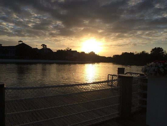 Disney's Beach Club Resort: sunrise, waiting for the ferry to hollywood studios