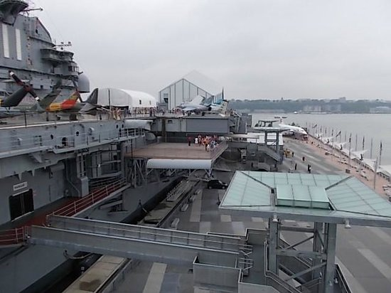 Intrepid Sea, Air & Space Museum: VIEW OF FLIGHT DECK AND ELEVATOR