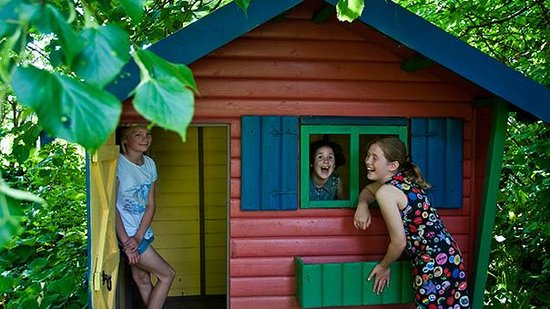 Broomhill Manor Country Estate: Wendy House for children staying at Broomhill Manor