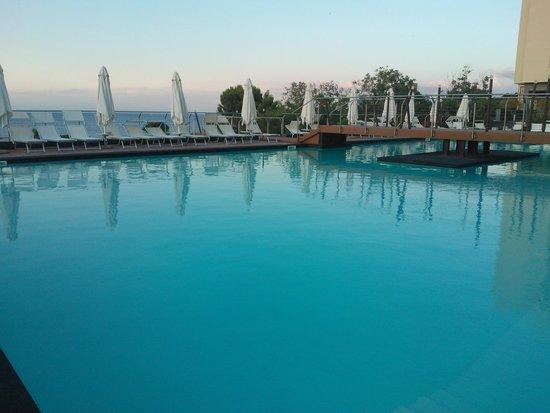 Domina Coral Bay Sicilia Zagarella: Pool on the upper level